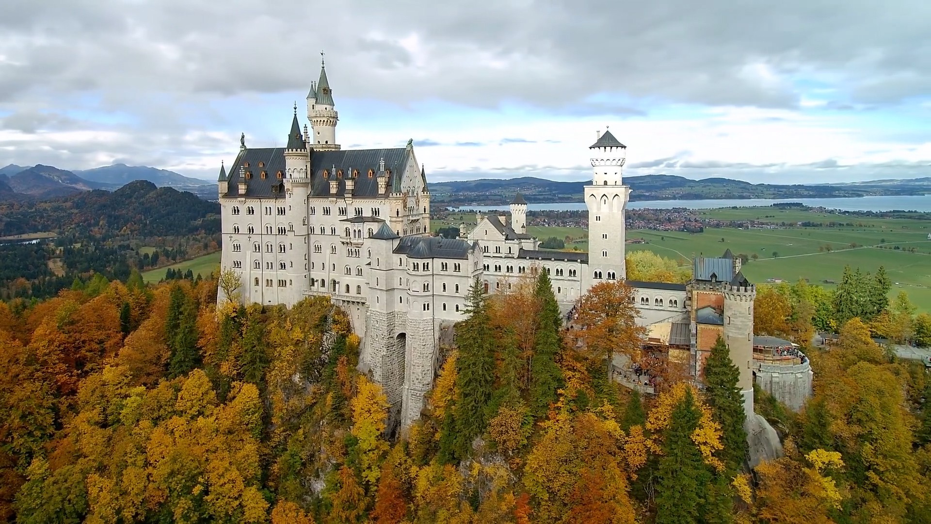 Easy Actions To Neuschwanstein Castle Inside Of Your Desires