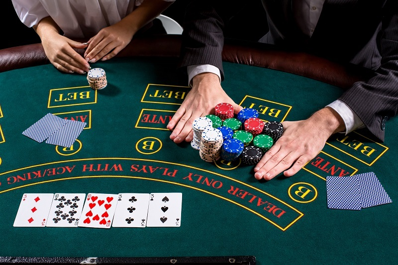 They Will Certainly Inform You Everything About Online Gambling