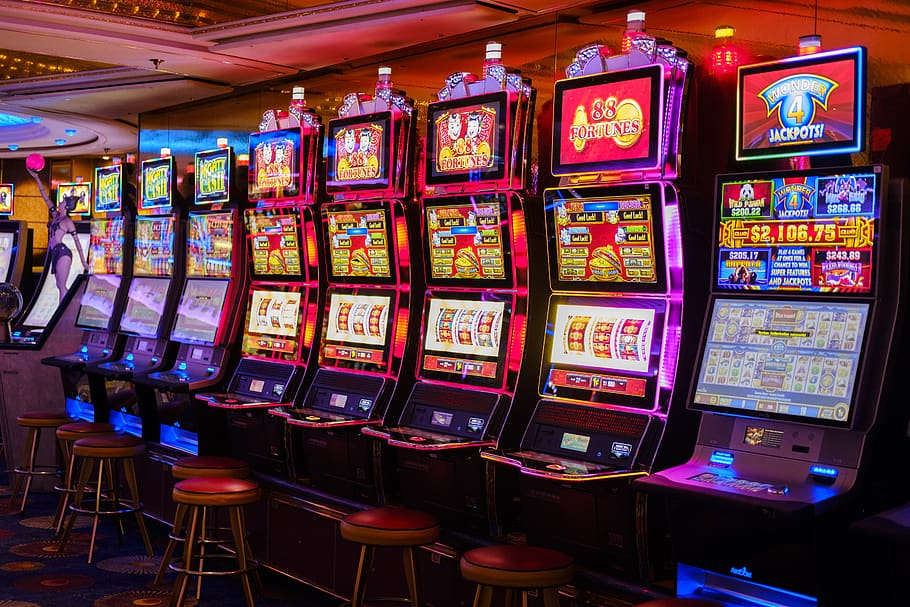 The Casino Pay Attention